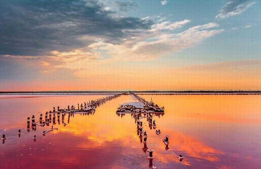Розовое озеро окутал плен рейдерства?
