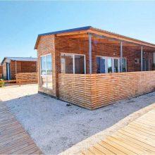 Пляжный курорт АРАБАТКА приглашает любителей теплого моря и яркого солнца.